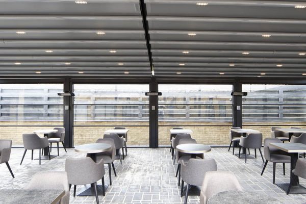 Bentley Golf Club Retractable Roof System Outdoor Dining